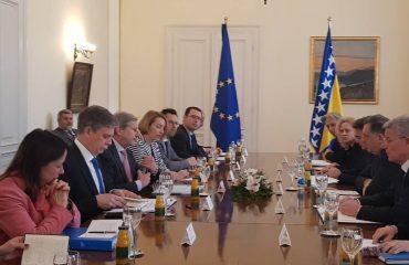 Johannes Hahn: Mišljenje o kandidatskom statusu BiH do kraja maja
