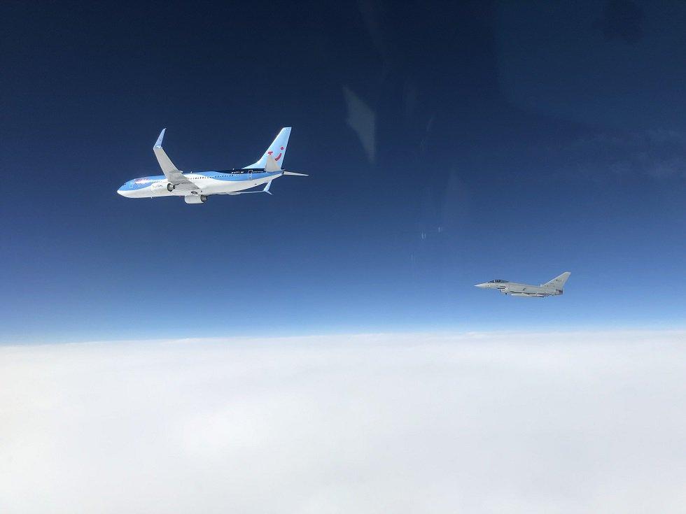 NATO avioni presreli civilni avion iznad Crne Gore