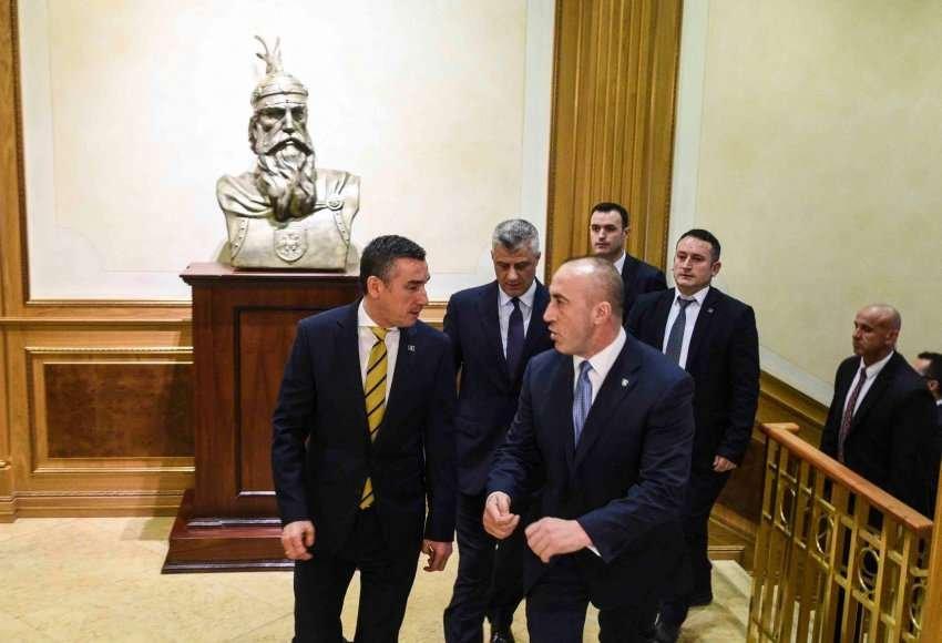 Neslaganja unutar vladajuće koalicije na Kosovu