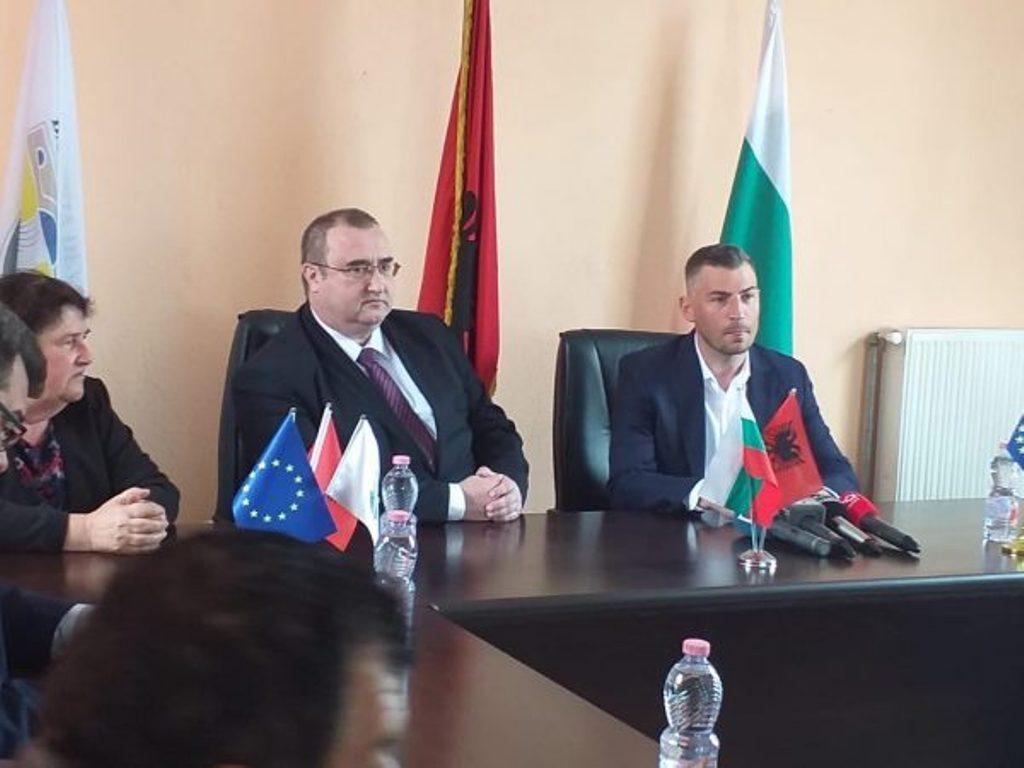 Bugarski ambasador u Tirani komentarisao političku krizu u zemlji