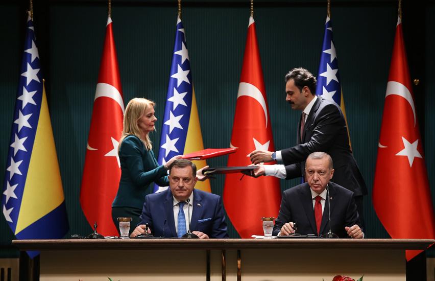 Merhaba, Dodik!