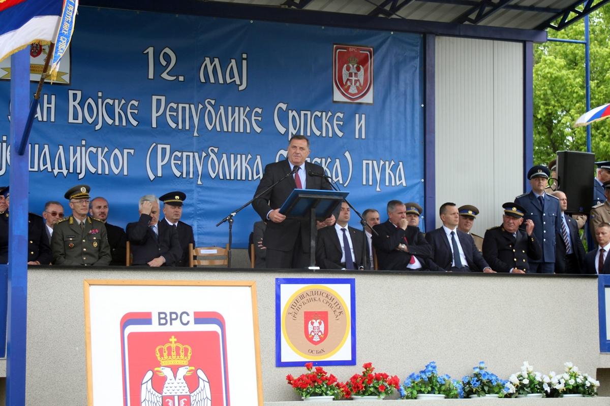 Dodik pod novim udarom kritika zbog izjave o Vojsci Republike Srpske