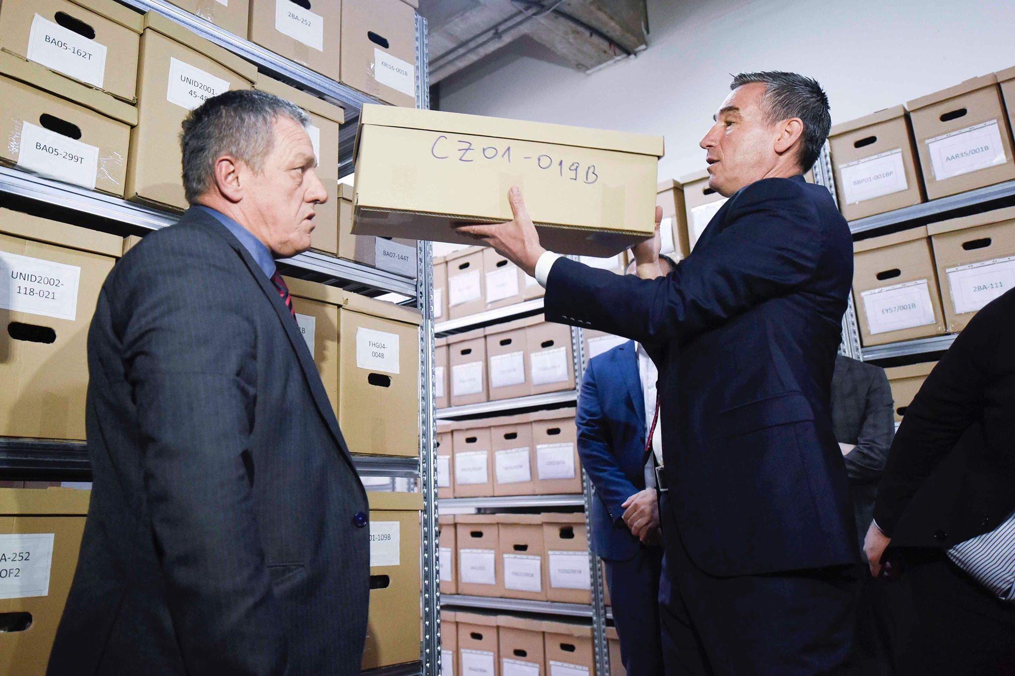 Srpski kriminalci moraju biti kažnjeni, kaže predsjednik kosovskog parlamenta