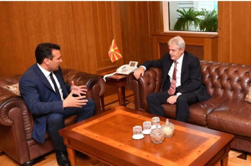 Premijer Severne Makedonije kaže da je preustroj vlade neizbježan