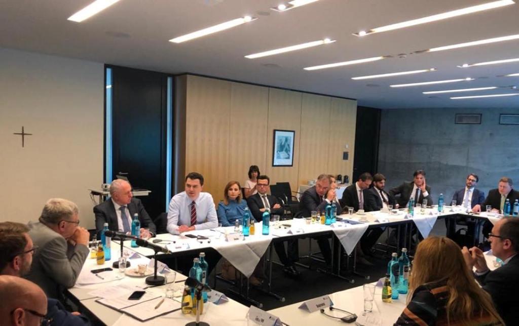 Albanski opozicioni lider održava sastanke u Nemačkoj