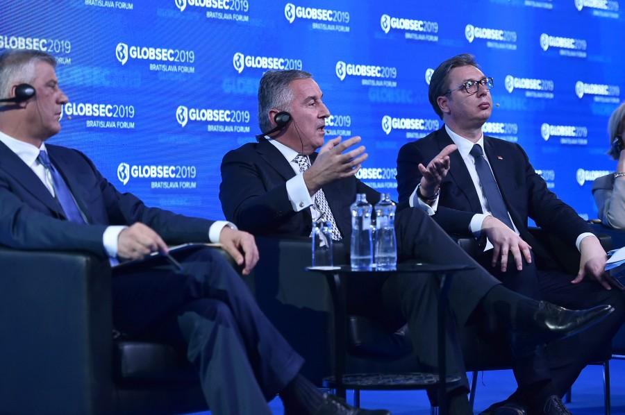 Kosovsko pitanje mora se rešiti kompromisom