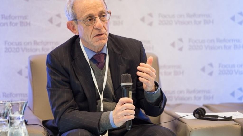 Zamene teritorija između Kosova i Srbije prete Balkanu i Evropi, kaže bivši američki diplomata.