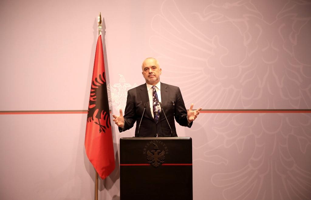 Albanski premijer Rama odlučio je organizivati izbore uprkos nemirima