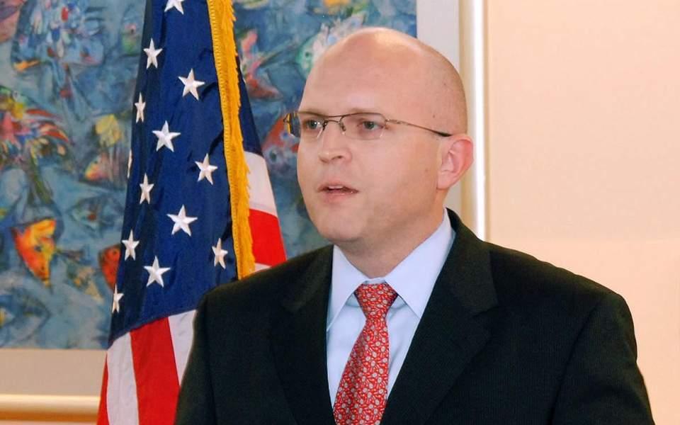 Visoki funkcioner SAD kaže da Amerika više neće biti sudija za albansku političku klasu