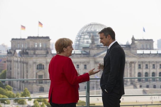 SIRIZA: Mitsotakis sa sastanka sa Merkelovom nije poneo ništa osim želja