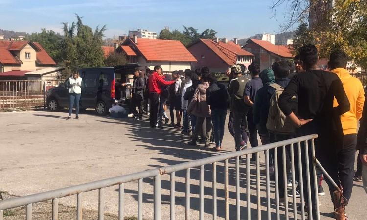 Pitanje migranata u BiH preti da postane humanitarna kriza