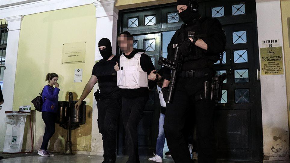 """Policija u Grčkoj rasturila terorističku grupu """"Revolucionarna samoodbrana"""""""