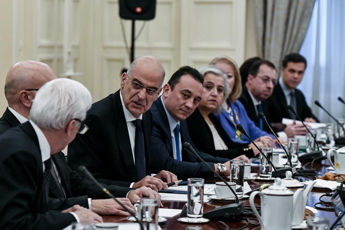 Kompletiran grčki Nacionalni savet za spoljnu politiku