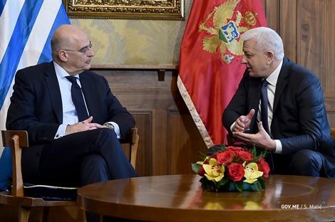 Dendias: Grčka snažno podržava integraciju Crne Gore u EU
