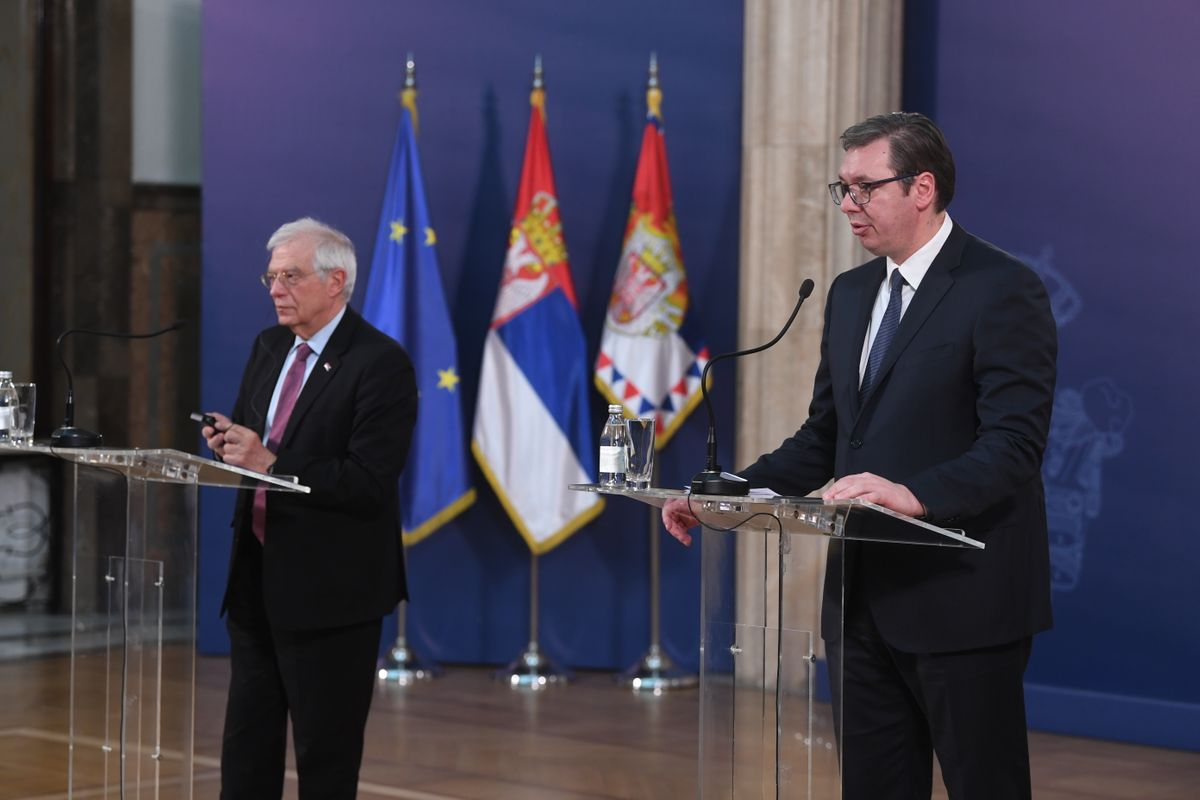 Vučić se sastao sa Borrellom