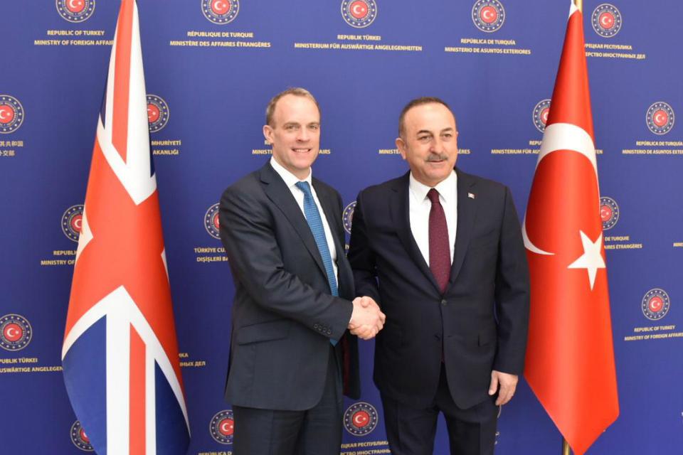 Velika Britanija ponudila punu podršku Turskoj u Idlibu