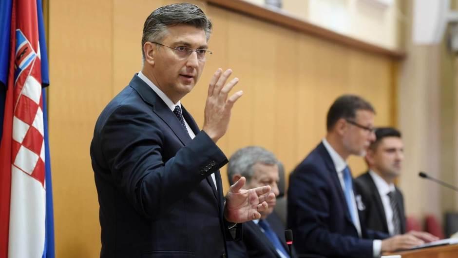 Hrvatska: Plenković tvrdi da SDP umanjuje mere protiv COVID-19