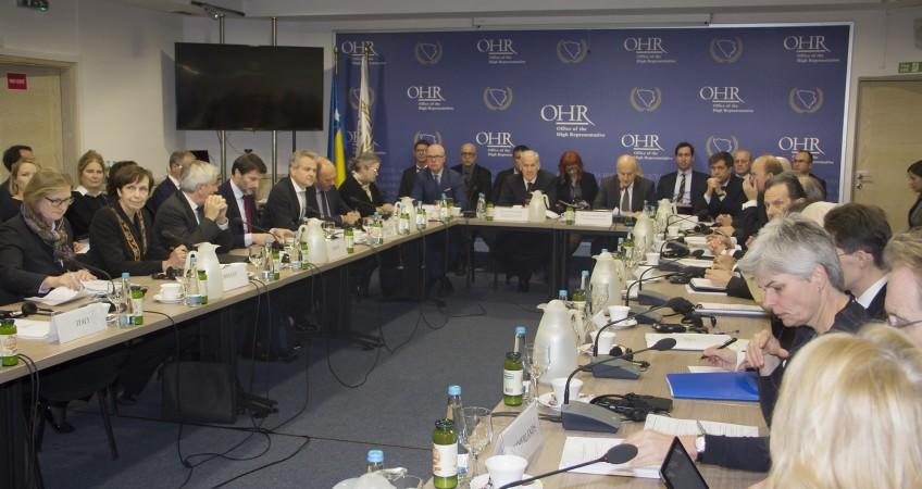 OHR: Materijalnom i drugim vrstama pomoći Bosni i treba upravljati transparentno i odgovorno