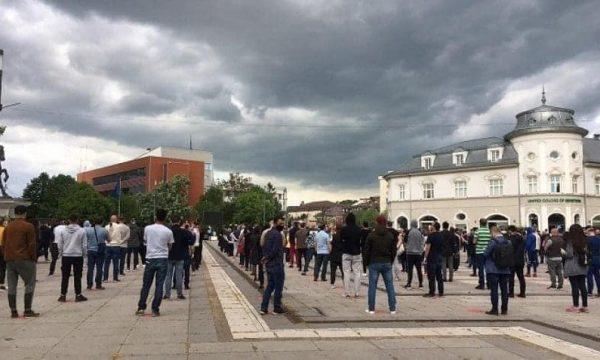 Kosovo: Tužilaštvo prikuplja dokaze o demonstracijama na trgu u Prištini