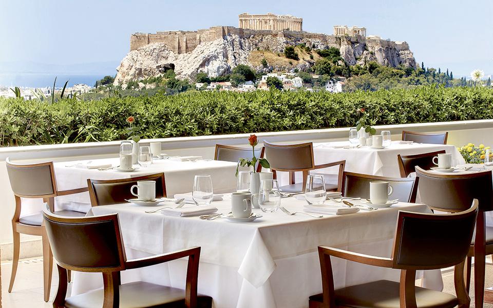 Kafe barovi i restorani u Grčkoj se ponovo otvaraju