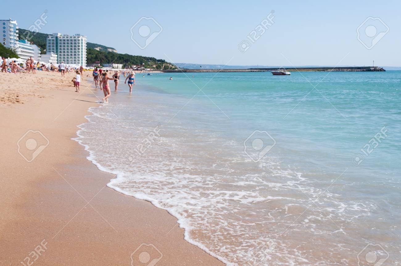 Bugarska: Samo 17 plaža ima u ponudi besplatne suncobrane i ležaljke