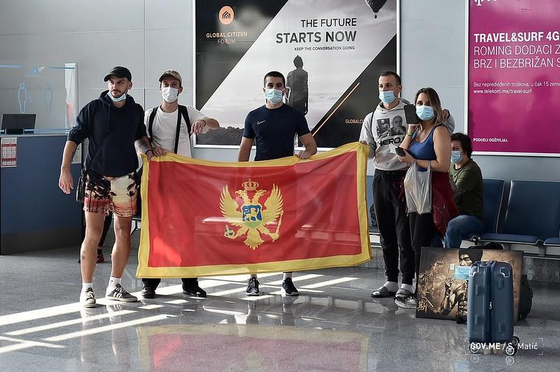 Crna Gora vratila pomorce iz regiona u zemlju, 13 završilo u policiji nakon sletanja