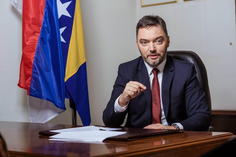 BiH: Ministar Košarac ostaje na dužnosti, poslanici odbili zahtev za smenu