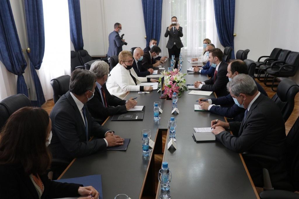 Albanski ministar Cakaj u poseti BiH
