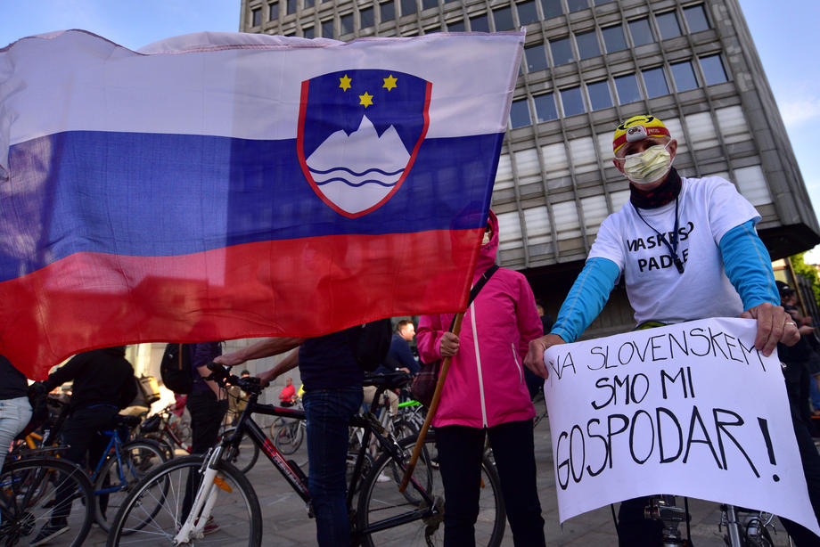 Slovenija: AI Slovenije kritikuje policiju
