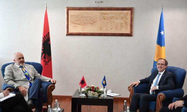 Kosovo: Hoti danas u službenoj poseti Albaniji