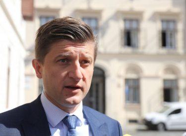 Hrvatska: Inflaciju treba shvatiti vrlo ozbiljno, kaže ministar Marić