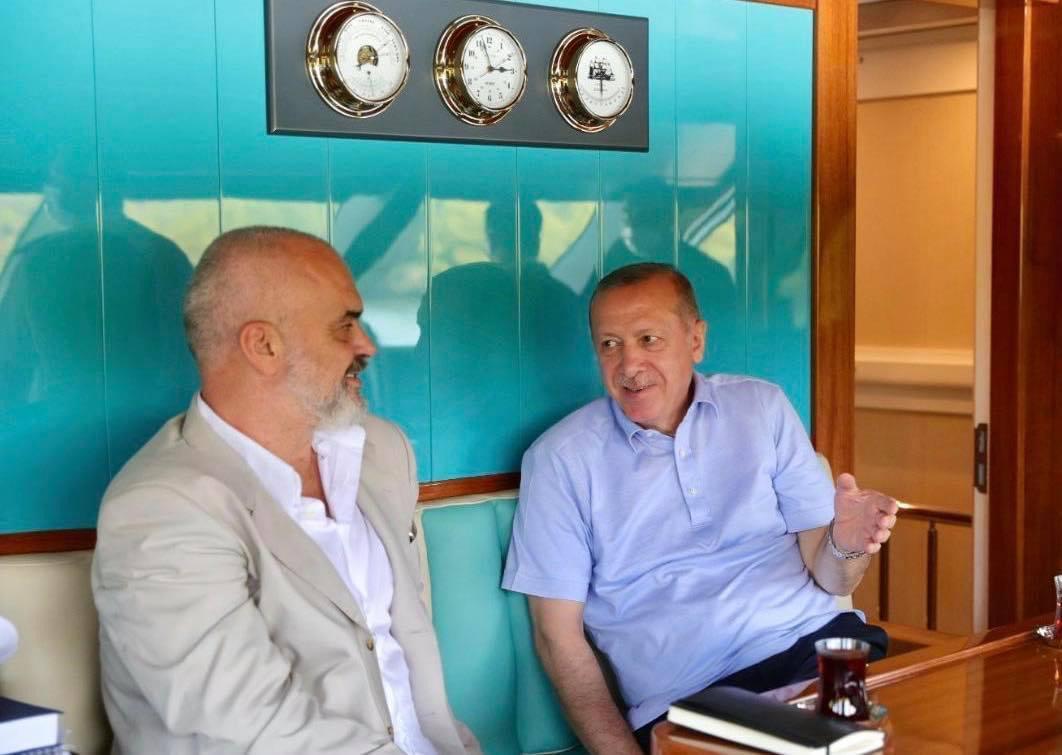 Albanija: Rama i Erdogan u Marmarisu razgovarali o bilateralnim odnosima i COVID-19