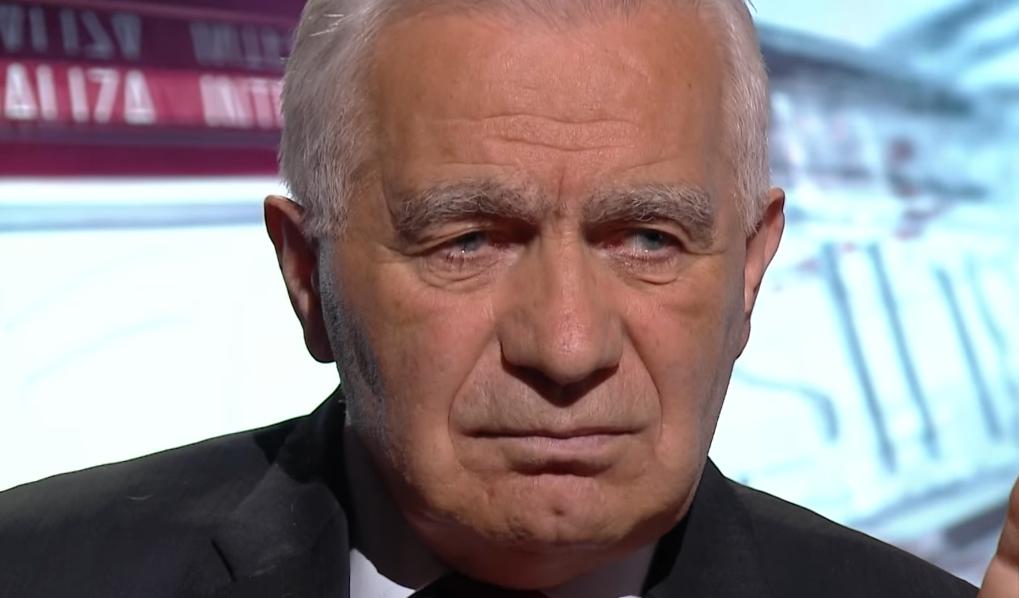 BiH: Jedan od najkontroverznijih političara u BiH preminuo je jutros u Banja Luci
