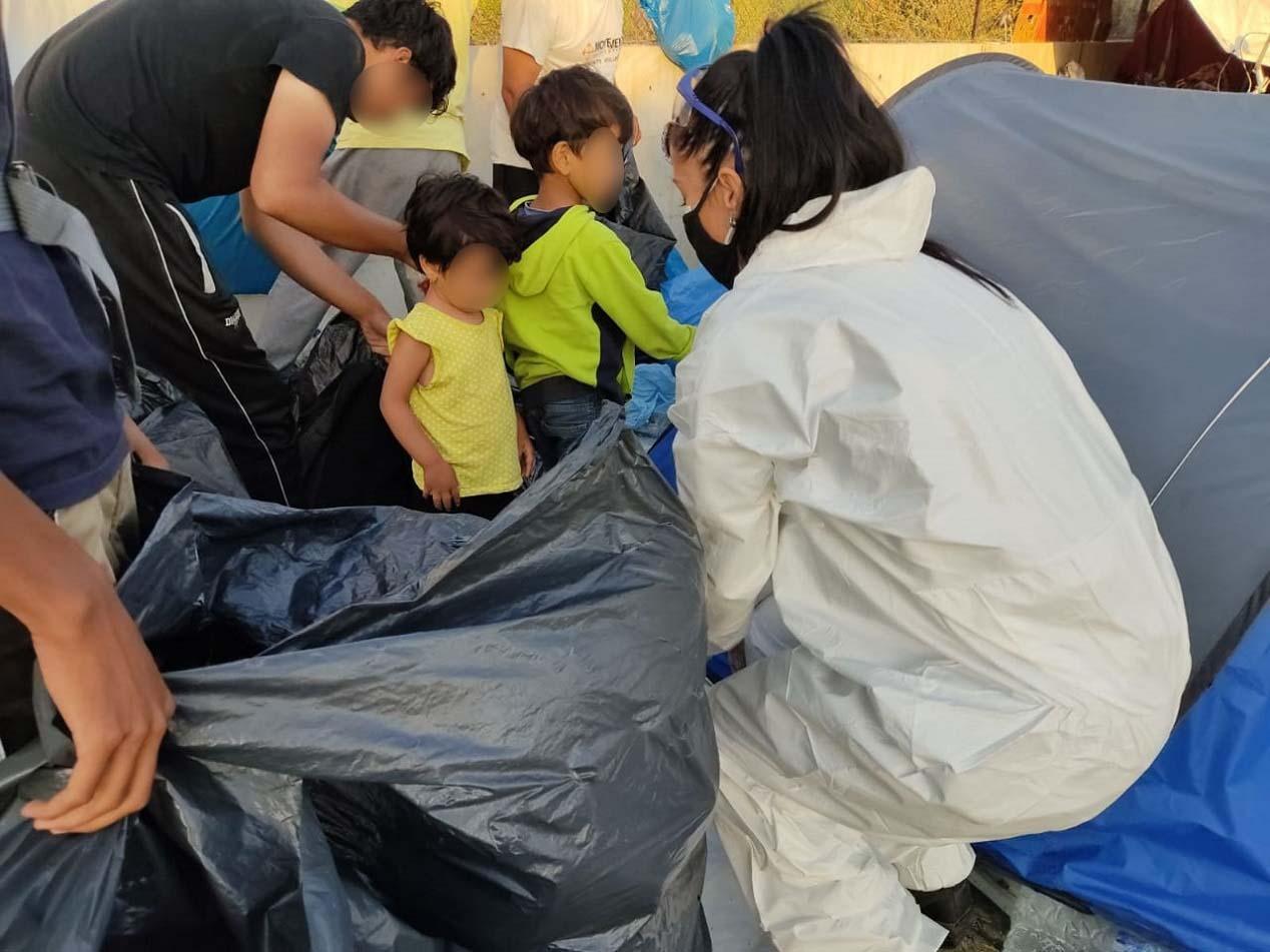 Grčka: U toku policijska akcija na prevozu izbeglica u Kara Tepe