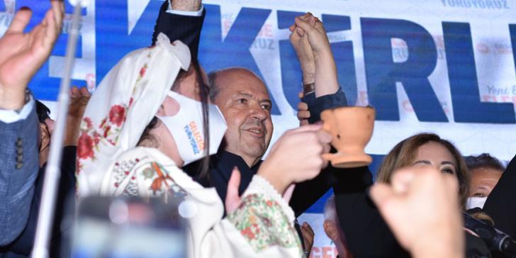 """Kipar: Ersin Tartar pobedio na """"predsedničkim"""" izborima zajednice kiparskih turaka sa 51,74% glasova"""