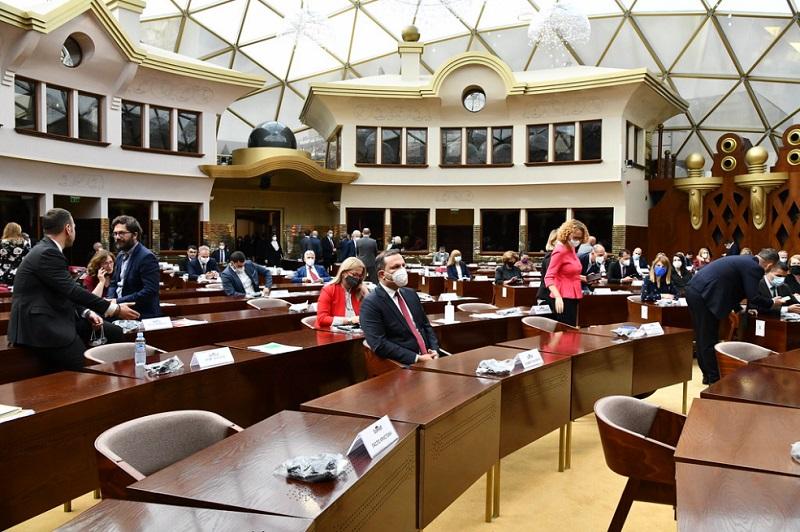 Severna Makedonija: Zaev i Šahpaska pozdravljaju ratifikaciju Zakona o sprečavanju i zaštiti od diskriminacije