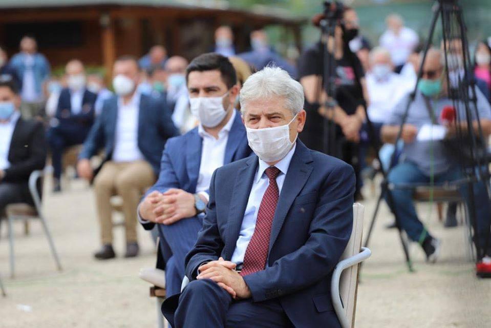 Severna Makedonija: Ahmeti do kraja godine očekuje dobre vesti iz Bugarske