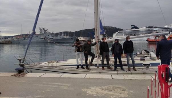 Crna Gora: Zaustavljen još jedan brod sa migrantima