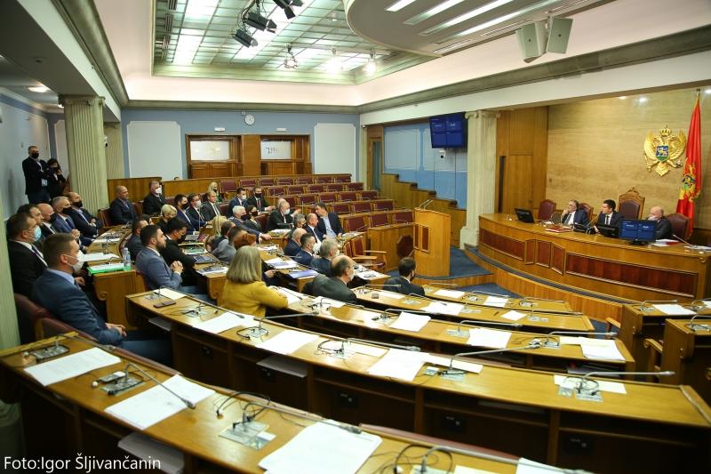 Crna Gora: Izmene Zakon o slobodi veroispovesti usvojene u Skupštini