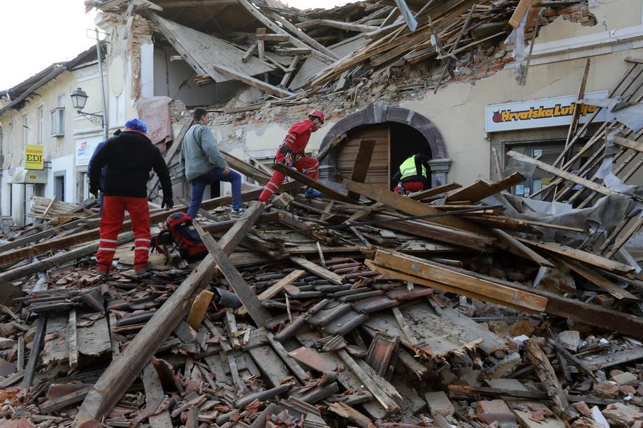 Hrvatska: Novi potresi u Petrinji
