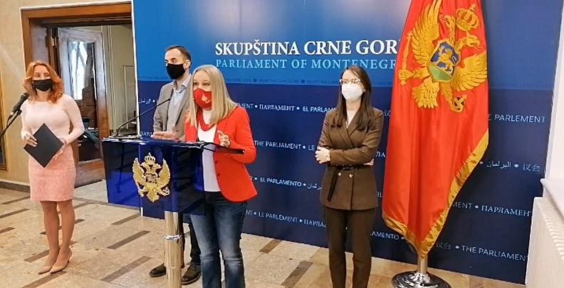 Crna Gora: Pokret URA traži referendum o istraživanju nafte i plilna