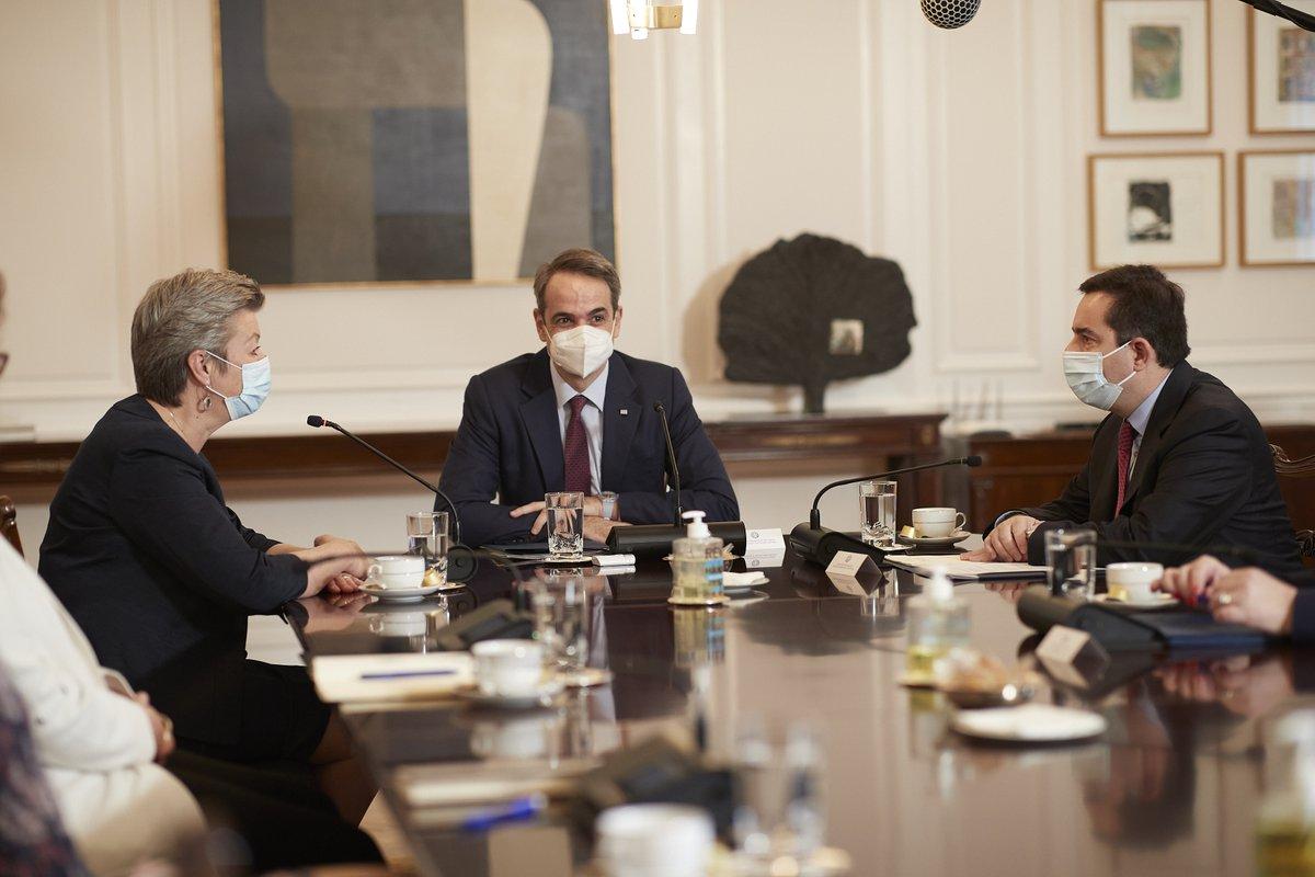 Grčka: Komesar Johansson sastala se sa Mitsotakisom i Dendiasom