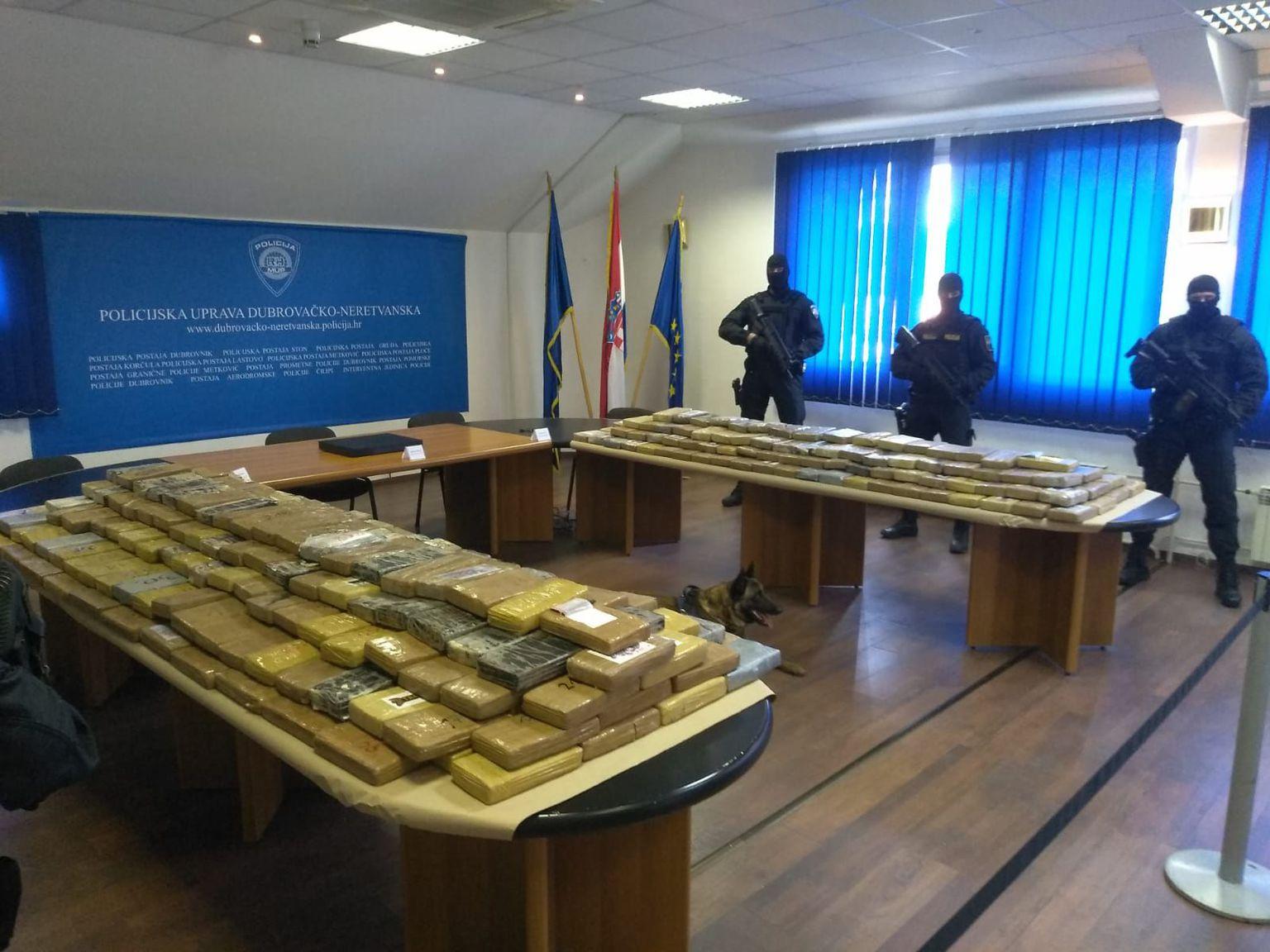 Hrvatska: Detalji zaplene 585 kilograma kokaina u luci Ploče