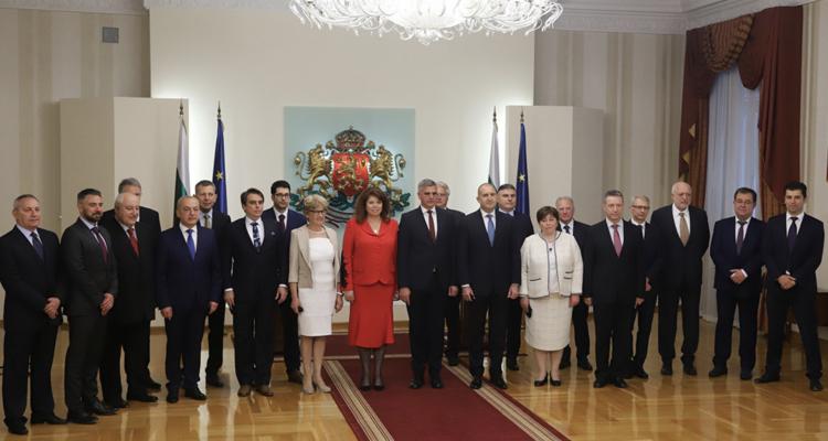Bugarska: Privremena Vlada položila zakletvu pred predsednikom Rumenom Radevim