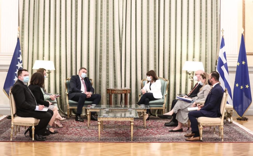 BiH: Dodik se sastao sa grčkom predsednicom Katerinom Sakellaropoulou