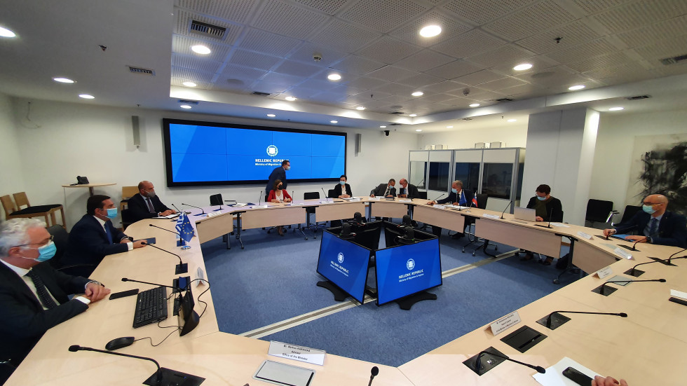 Slovenija: Ministar Hojs posetio Grčku