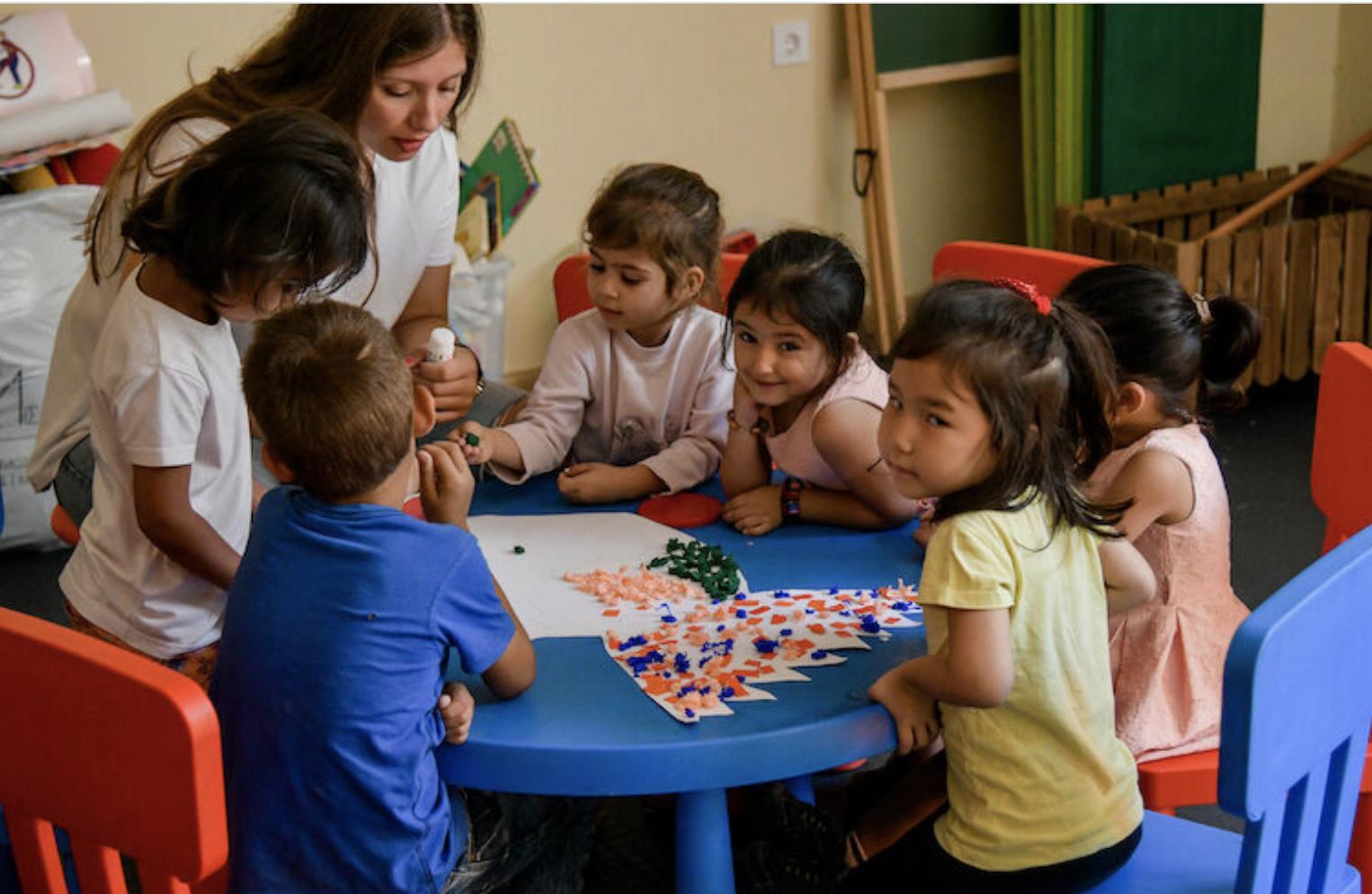 Grčka Vlada usvojila predlog organizacije Njihov svet za obrazovanje dece izbeglica