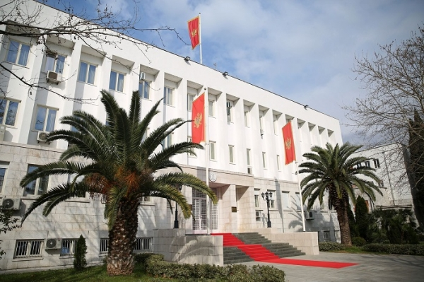 Crna Gora: Đukanović potvrdio sedam od 18 novih ambasadora