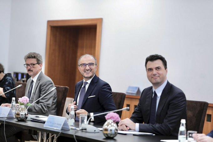 Albanija: Soreca i ambasadori zemalja EU se sastali sa Bashom