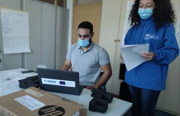 BiH: UNHCR donirao opremu učenicima i mladim izbeglicama i tražiteljima azila